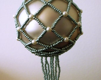 Tutorial - Beaded Bauble - Christmas ornament