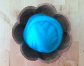 Wool roving supply for needle felting, Bright Turquoise, 1/2 ounce or 1 ounce, turquoise wool for felting, turquoise wool roving