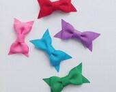 Set of 3 - Pick Your Colors - Classic Bow Hair Clips - Hair Bows - No Slip Grip Bows - Toddler Hair Clips - Baby Hair Bows - Small Hair Bows