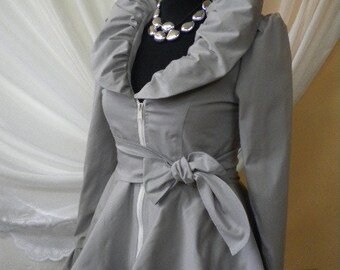 Stylish and elegant ladies jacket in gray - silver