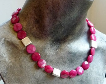 Raspberry Jade Necklace, Statement Necklace, Natural Stones Necklace, Silver Pink Beaded Necklace, Faceted Stone Necklace