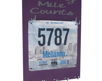 races bibs and medals holder