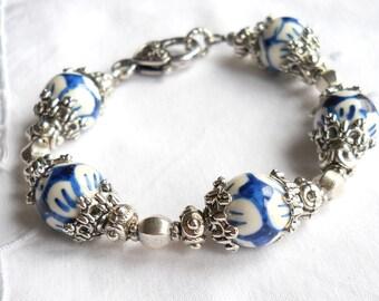delft blue style bracelet delft blue jewelry Delft blue bracelet blue and white delft bracelet blue and white bracelet
