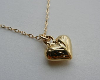 Little Etched Heart Necklace (Gold)