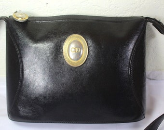 Vintage YSL Yves Saint Laurent Black Small Leather by Vintages727