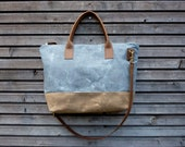 Zipper bag in American cone white oak waxed cotton denim  leather handles and double waxed canvas bottem COLLECTION UNISEX