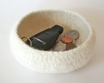 Small Felted Bowl - Travel Tray - Catch All - Cream / Keys / Change / Money - MADE TO ORDER