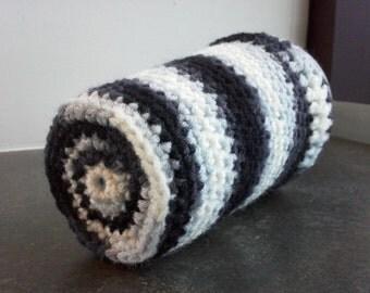 Black, White & Gray Crochet Pint Glass Cozy