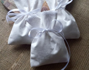 20 white favor bags, damask bags with lace, vintage favor bags, white bags, treat bags, favor bags, small favor bags, goodie bags, gift bags