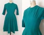 1950s Wool Dress // EVERGREENS SUPPER CLUB Dress // Vintage 50s Jewel Green Wool Dress // Small Medium