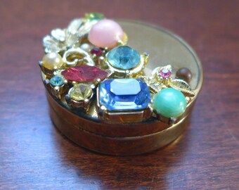 Vintage 1960s Jewel-Encrusted Pillbox