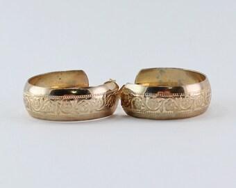 SALE 10 PERCENT OFF Vintage Gold Tone Etched Engraved Floral Flower Hoop Pierced Earrings