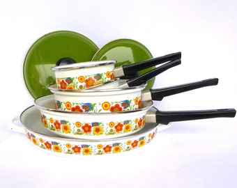 RETRO Spanish FLOWER ENAMELWARE / Cookware set of 5