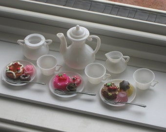 Vintage Barbie Blythe Doll White Plastic Tea Set with Cakes