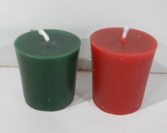 Pure Beeswax Standard Votive Candle in Red or Green