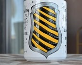 Made to Order - Hufflepuff House Cup - Hogwarts Houses - White, Yellow, Black - Pottermore - Harry Potter - Loyal, hardworking - Crest
