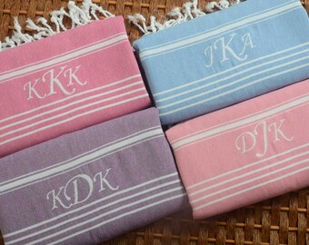 FREE SHIPPING - Bridesmaids Gift Set of 4 Cotton PESHTEMAL Personalized Towel - Monogrammed Embroidered