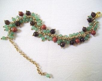 BRACELET & EARRINGS with natural stones pendants