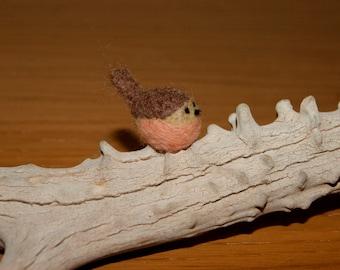 Felted bird, felted robin, super tiny, robin miniature, natural toy, soft sculpture, bird miniature
