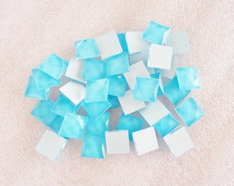 20pcs - Light Blue Faceted Square Glass Flatback Decoden Cabochon (10mm) GLQ10001