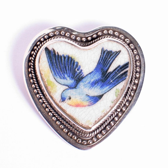 Broken China Jewelry Vintage Sweet Bluebird Facing Lft Sterling Heart Pin w Pendant Bale