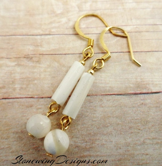 Mother of Pearl Earrings, Dangle Earrings, Classic Jewelry, White Gemstone Earrings, Mother of pearl jewelry, White and gold earrings