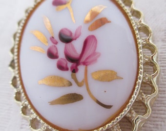 Vintage Pin - Hand Painted Floral Brooch - Pink- Gold