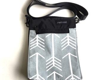Small Shoulder Bag / Crossbody Bag / Vegan Purse with Magnetic Snap Closure