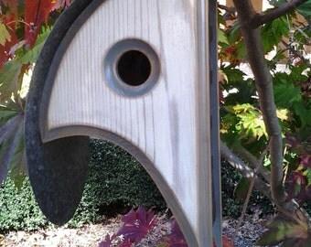 MODERN BIRDHOUSE   COOP DeVille Bird house   Stylish Birdhouses