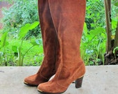 SALE 1960s-1970s Leather Boots Suede Knee High Stacked GoGo Riding Heels Zip Up  by Garolini // 5.5 US W Size 5 1/2