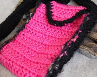 Crochet Small Shoulder Tote Carry Pouch Bag or Custom Phone/iPad Case (pink or beige+)