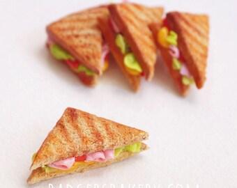 GRILLED SANDWICH miniature toast, BJD miniature food prop for msd, yosd, dollhouse, 1/12, 1/6, 1/4, 1/3 scale