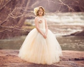 Duchess Dress , Fully lined Tulle Dress, Custom Colors and design, Perfect for weddings, parties and photo shoots