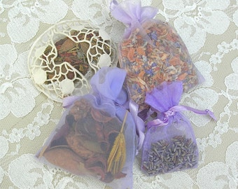 SUMMER SALE 4 Small Scented Lavender Sachets