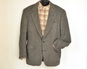 Mens Jacket Camel Hair 44R L Vintage Herringbone Sport Coat Blazer Gray IZOD 1980's Menswear Vintage Mens Fashion Classic Preppy Ivy League