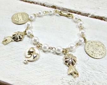 Vintage Gold Charm Bracelet, Pearl Charm Bracelet, Love Charm Bracelet, 1950s Rockabilly Sweetheart Costume Jewelry, Romantic Gift for Her