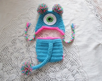 Turquoise Monster Crochet Hat and Diaper Cover - With or Without Tail - Photo Prop Set - Available in Newborn, 3 to 6, 6 to 12 and 12 to 24