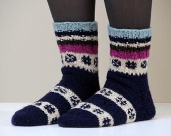 Hand knit wool socks, size - small US W 6-6.5, EU 36-37