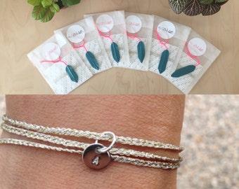 items similar to cadeau de demoiselles d 39 honneur 6 bracelets personnalis s multitours mini. Black Bedroom Furniture Sets. Home Design Ideas