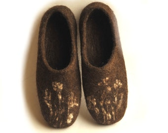 Eco friendly  brown colour handmade felted slippers - home shoes