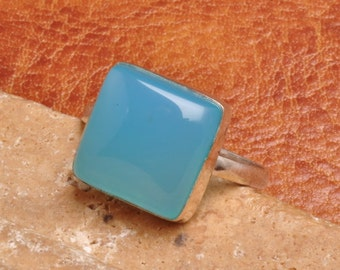 Natural Blue Chalcedony Sterling Silver  ring. Size 7.5  (J1236)