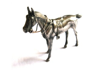 Horse Figurine Jennings Brothers Small Silver Plate Horse 1930s