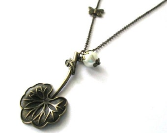 Lotus leaf necklace white pearl jewelry antique brass bronze leaf pendant necklace nostalgic look