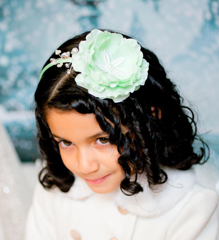 Flower Girl Headpieces: Mint Girls Headband. Flower Girls Headpiece. Mint Green
