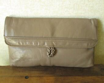 Taupe Clutch Bag envelope purse vintage 80s leather handbag Toni
