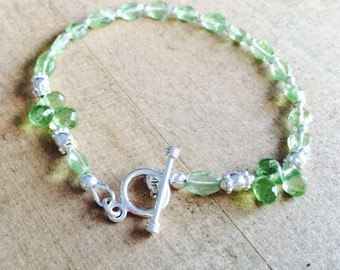 Green Bracelet - Peridot Gemstone Jewelry - August Birthstone - Beaded Jewelery - Funky - Sterling Silver - Fashion