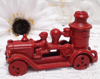 Vintage Red Fire Truck Cast Iron 5""