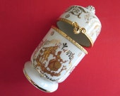 Limoges Box Courting Couple White and Gold Authentic Limoges Hinged Box