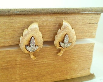 Vintage Clip Earrings Rhinestone Leaf Gold 50's  (item 248)