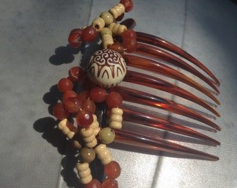HIEROGLYPH - Tortoise-shell colored French-Twist Comb with Red Agate Beads